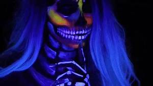 SKULL MAKEUP Neon & BLACKLIGHT Halloween Hat Tutorial on