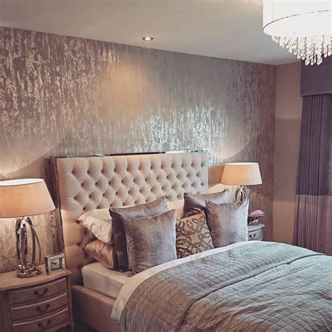 Bedroom  Textured Wallpaper For Master Bedroom Accent