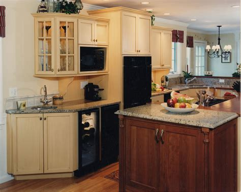 country kitchen island cooktop currier kitchens