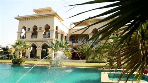 million  square foot mega mansion  dubai uae homes   rich