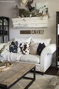 27 rustic farmhouse living room decor ideas for your home With wall decor for living room