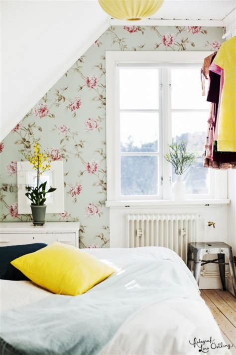 Flower Patterns For A Beautiful Bedroom Decor