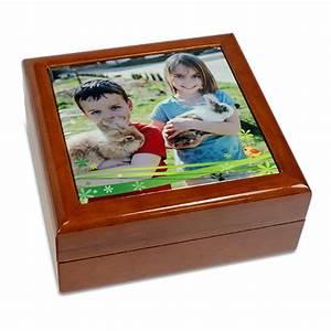 Schmuckkästchen Aus Holz : schmuckk stchen aus holz mit bedruckter keramikfliese ~ Watch28wear.com Haus und Dekorationen