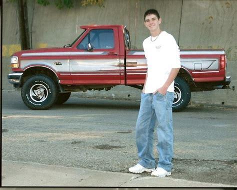 leveling kit ford   big  tires autos weblog