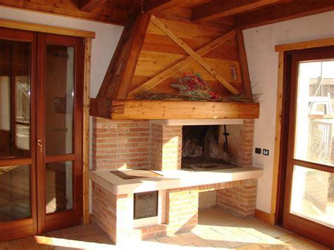 Cucina In Mattoni Faccia Vista by Home Ar Co Snc Caminetti Su Misura Villaverla Vicenza