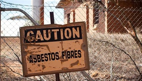 suspect  home  asbestos