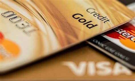 May 15, 2021 · there are a few ways to get a cash advance on a credit card without a pin. How Old Do You Have to Be to Get Your First Credit Card? - Ridge Money