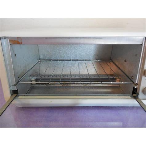 space saver toaster oven under cabinet black decker toaster oven under cabinet tro 200 ty1