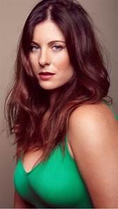 Jaclyn Sullivan plus size model Bella model management
