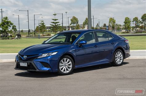 Toyota Camry Hybrid Backgrounds by 2018 Toyota Camry Hybrid Review Performancedrive
