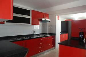 Black and red kitchen designs kitchen design in red and for Kitchen design red and black