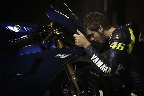 yamaha  valentino rossi high quality wallpapers