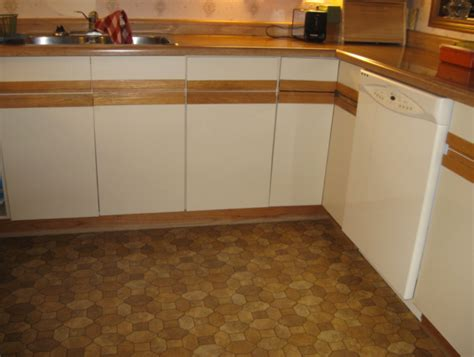 painting laminate cabinets before and after painting formica cabinets before and after roselawnlutheran