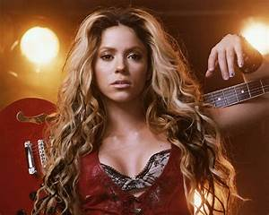Free Games Wallpapers: LATEST SHAKIRA HOT WALLPAPERS- SEXY ...