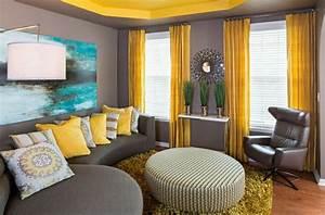 Wohnzimmer Gestalten Grau : wohnzimmer farbgestaltung grau und gelb als farbkombination ~ Michelbontemps.com Haus und Dekorationen