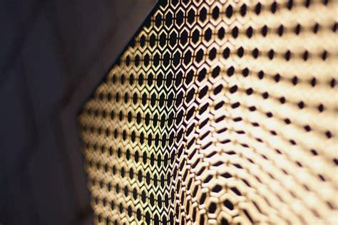 chic illumination   dimensional hypnotizing