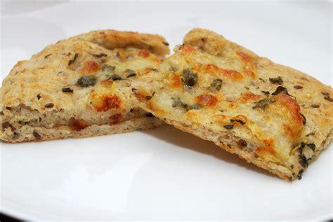 garlic pizza cnyeats a taste of utica garlic pizza