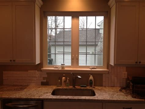 tile backsplash  window