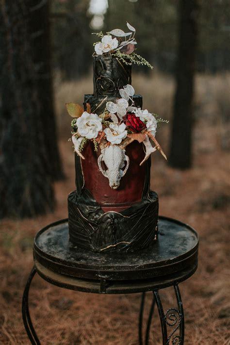 moody wedding cake wedding party ideas  layer cake