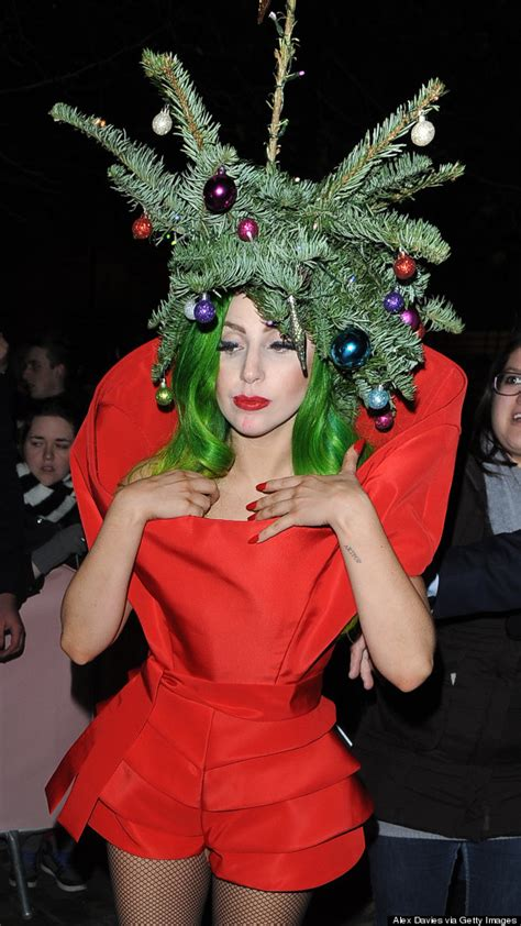 gaga christmas tree mp3 gaga dresses up as a tree after capital fm jingle bell gig pictures