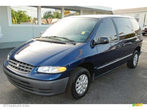 Chrysler Voyager 2000 by 2000 Patriot Blue Pearl Chrysler Voyager 33081552