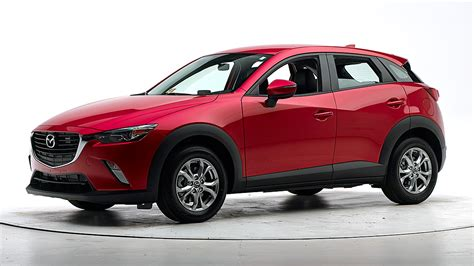 Top Safety Suvs by New Small Suv From Mazda Earns Top Safety Award