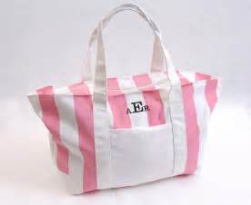 bridesmaid tote groomsmengifts products quot unique quot bridesmaid gifts bags totes