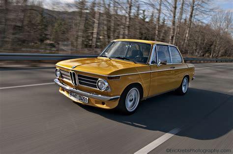 bmw 2002 ersatzteile goldenrod bmw 2002 with chrome detailing autos cars bmw oldtimer autos und autos
