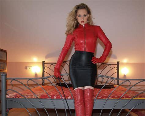Download Photo 1280x1024 Lady Ann Blonde German Mistress Milf Long Hair Sexy Babe