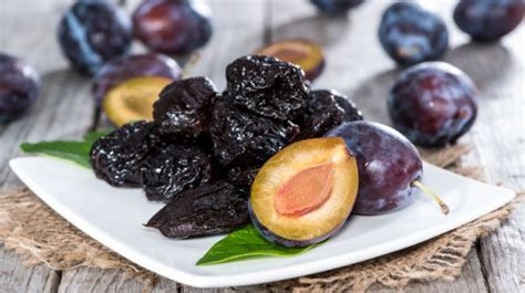 cuisine prune 7 amazing prunes benefits the fruit youve ignored for