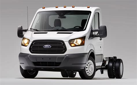 ford unveils  chassis cutaway versions   transit