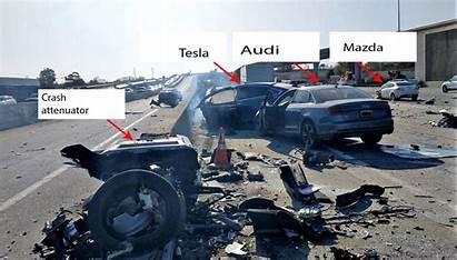 Crash Tesla Fatal Road Barrier Before Sped