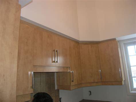 les de cuisine armoires avec retombée les entreprises alain pilon inc