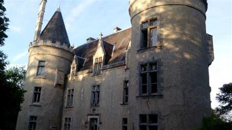 chambre des huissier soirée au château en amis photo de chateau de fougeret