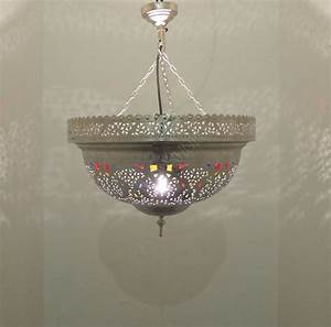 Kerzenständer Silber Groß : marokkanische messing h ngelampe edel silber multi gro saharashop ~ Frokenaadalensverden.com Haus und Dekorationen