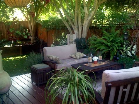 backyard design with deck landscaping gardening ideas
