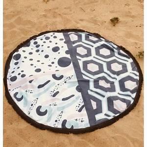 Serviette De Plage Ronde Coton : serviette de plage ronde hexa boutique le pompon ~ Teatrodelosmanantiales.com Idées de Décoration