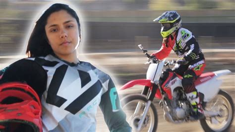 motocross womens women race dirt bikes for the first time youtube