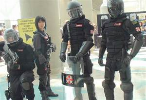 Umbrella Corp Security Officers 4 zombies control by ...