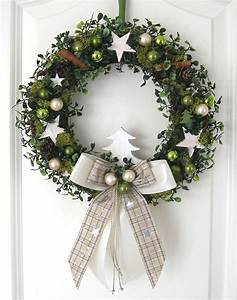 Weihnachtskranz Selber Machen : weihnachtskranz gr n adventskranz wandkranz t rkranz weihnachten kranz kugeln weihnachtskr nze ~ Markanthonyermac.com Haus und Dekorationen