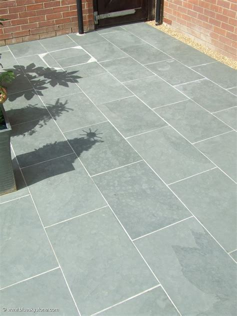 grey blue slate paving patio garden slabs tiles