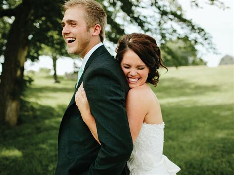 Reception Posing- Do's And Don'ts