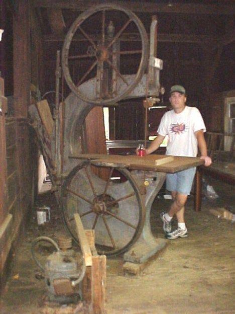 cast iron bandsaw   antique tools