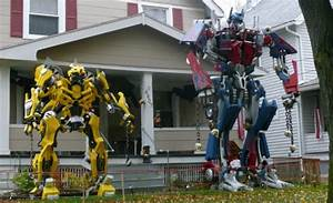 NEWS FLASH! TRANSFORMERS SIGHTING! | GEEKPR0N