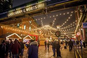This Is What The Toronto Christmas Market Looks Like