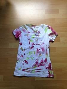 Batiken Muster Vorlagen : batik shirt einfach und schnell ohne batikfarben batik shirt batikfarbe und batik ~ Watch28wear.com Haus und Dekorationen