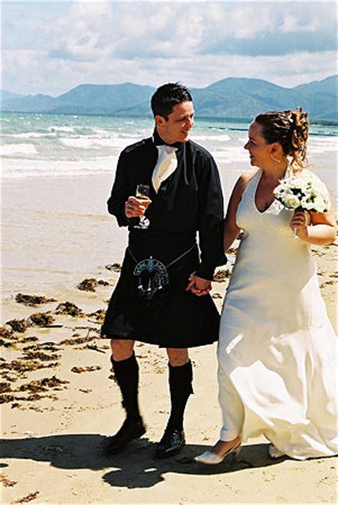 cairns wedding   marriage celebrants fantasea