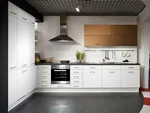 2 wahl kuchen brilon willingen winterberg im sauerland for Küchen lagerverkauf