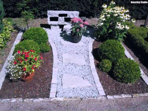 Garten Mit Kies Und Steinenmoderne Gartengestaltung Mit