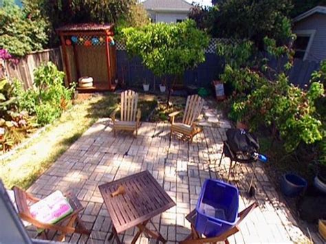Do It Yourself Backyard Makeover